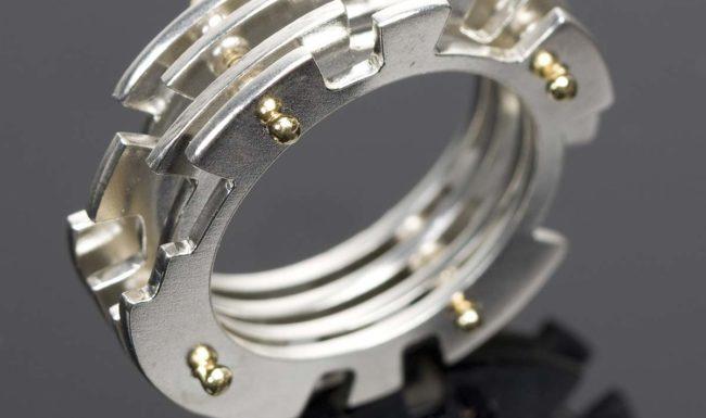 Industriale gioielli di design immagine componenti elettromeccanici laboratorio orafo oreficeria del gioiello lavastoviglie anello girocollo
